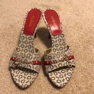 Women's size 8 medium Guess heels!